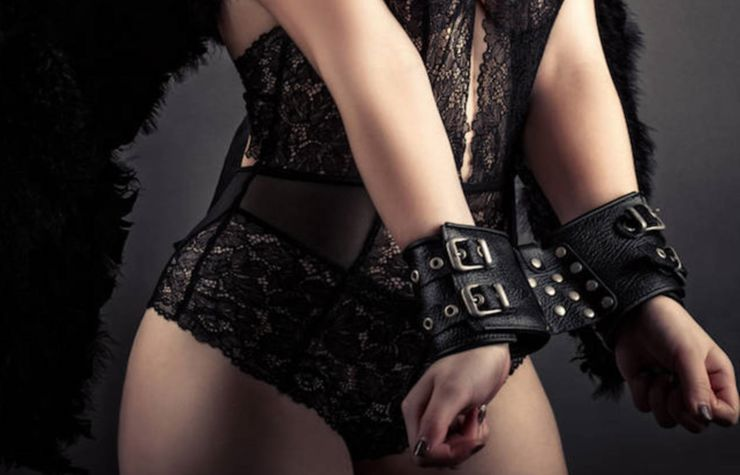 Handcuff sex - cliché or way of life?